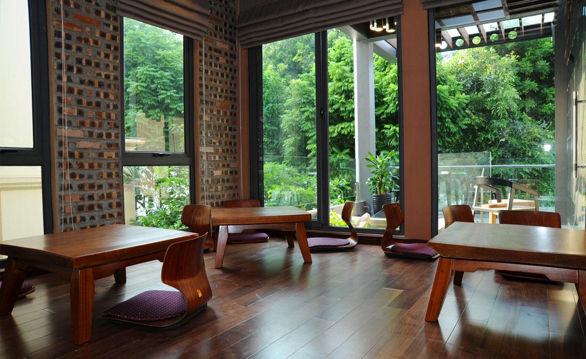 Không gian phòng ăn và phòng họp phong cách Nhật Bản.